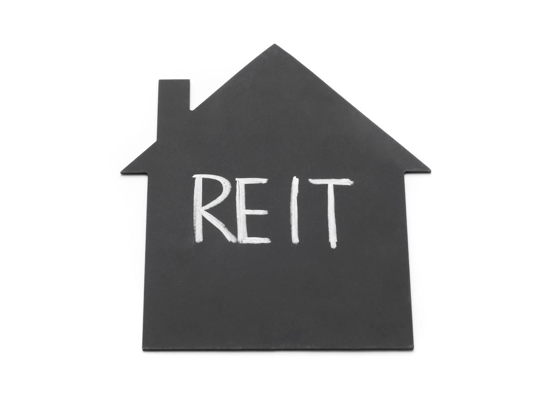 REITとは?基本情報からメリットとリスク、そして投資できる内容についても解説します